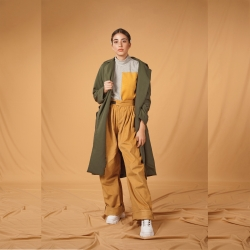 Trousers with side Belt
